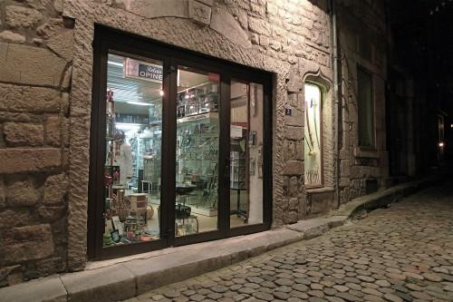 entrée principale rue Jean-Louis Soulavie.JPG